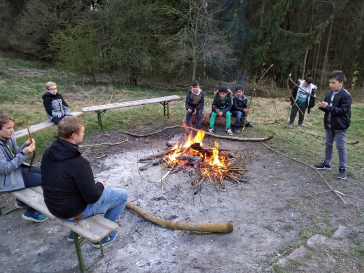 06_Lagerfeuer